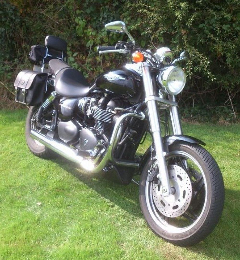 Triumph Speedmaster 865